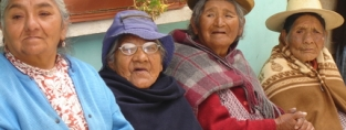 Older women in Bolivia. Foto: HelpAge
