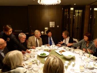 Frokost efter møde med viceminister Zhou Mingwei