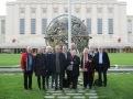 globale-seniorer-foran-globen-i-parken-foran-palais-des-nations